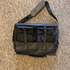 Messenger/laptop bag
